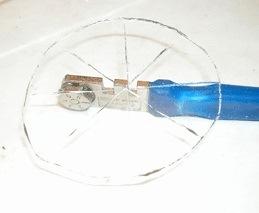 Как прорезать отверстие в стекле